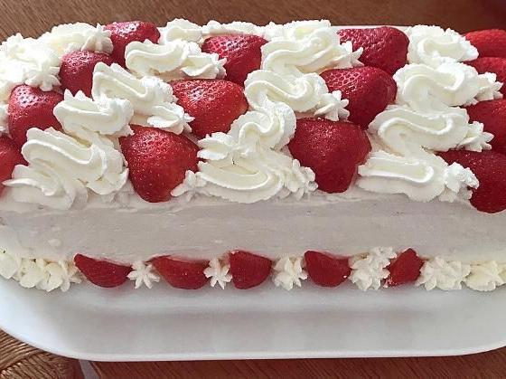 Ricetta Torta Panna E Fragole Dolcidee